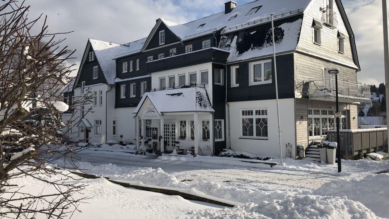 Hotel Nuhnetal ***