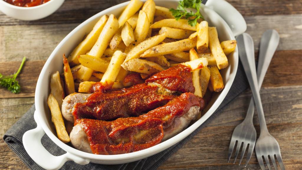 recept-oostenrijkse-currywurst-met-friet-intowintersport